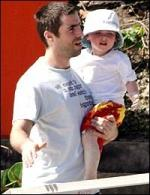 Ноэл и Лиам с детьми